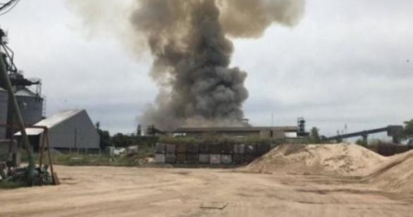 阿根廷一中国工厂发生爆炸 一人死亡多人受伤