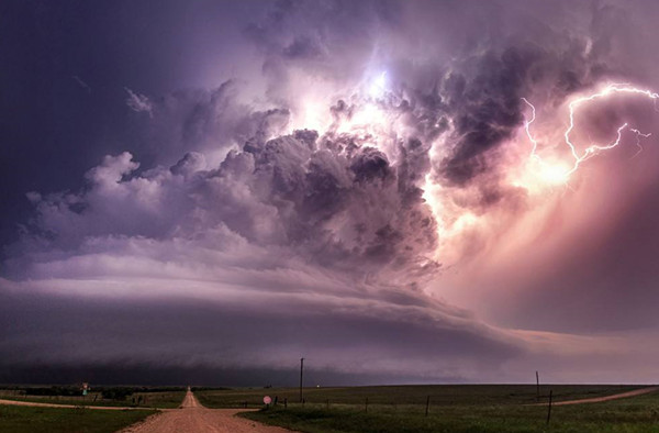 """首个""""超级周""""重磅来袭 一场风暴来临?"""