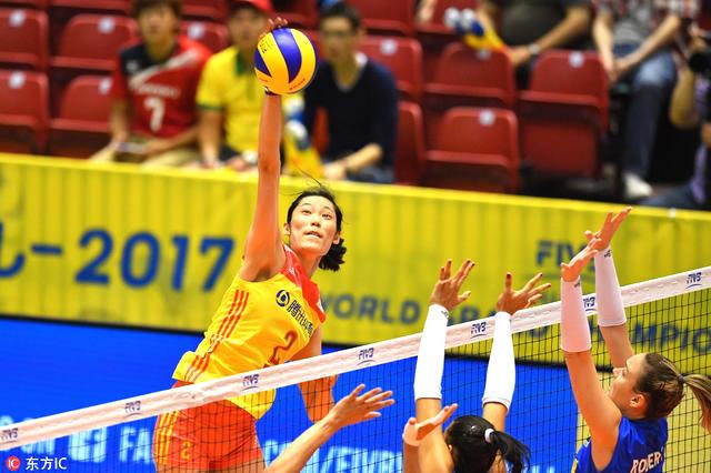 今年夏天,朱婷回到国家队,以队长身份帮助中国女排5战5胜,时隔16年再夺女排大冠军杯冠军,并荣膺最有价值球员MVP之后。