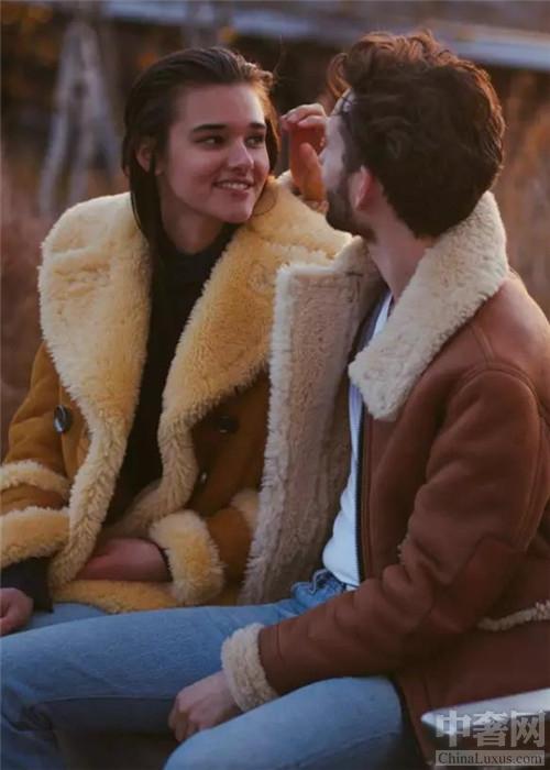 羊羔绒外套穿搭示范 怎么穿才能成为各位妹子心中的男神呢?
