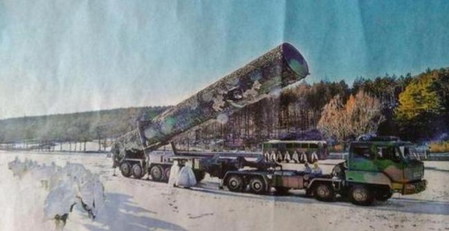 东风31A野外发射 能有效进行核威慑与核反击