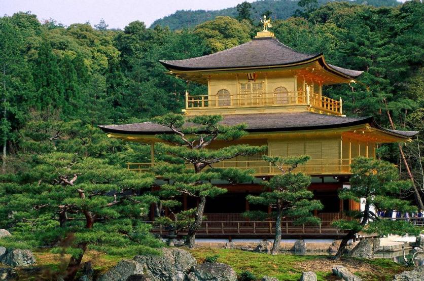 日本股市新年首日涨逾3% 刷新1992年1月以来新高
