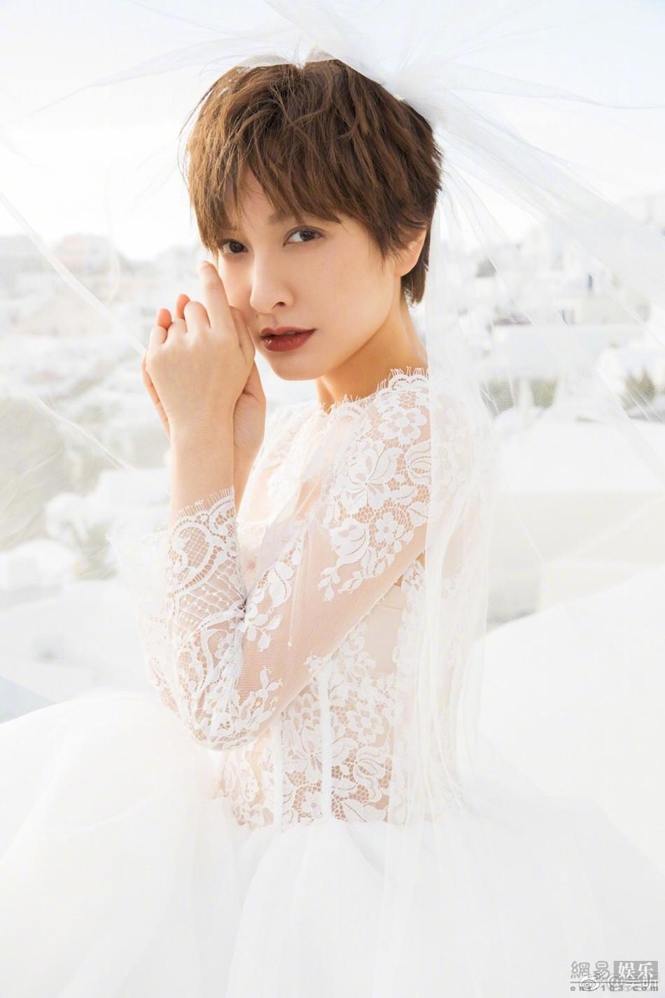 吴昕化身型钢新娘