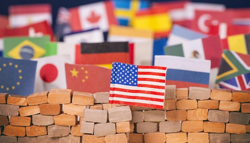 贸易逆差创新高 特朗普或再筑贸保壁垒?