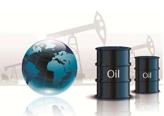 中国原油期货即将上市 推进人民币国际化