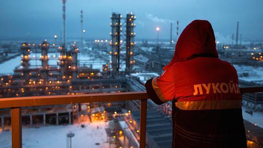 2017年伊朗出口原油与凝析油近10亿桶