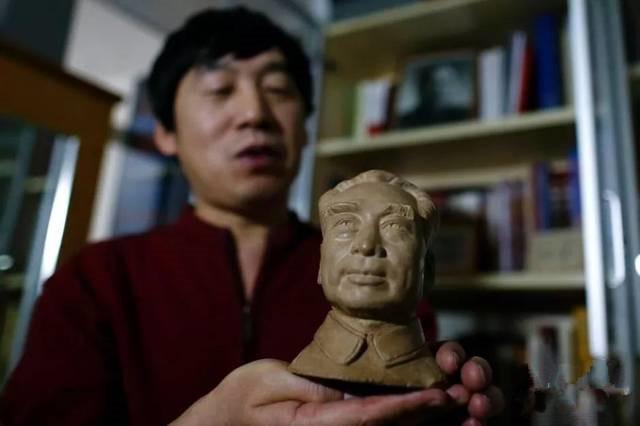 周铁男:收藏周总理文史资料80余种 心灵似乎也受到了净化