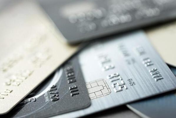 信用卡黑户你千万别当!
