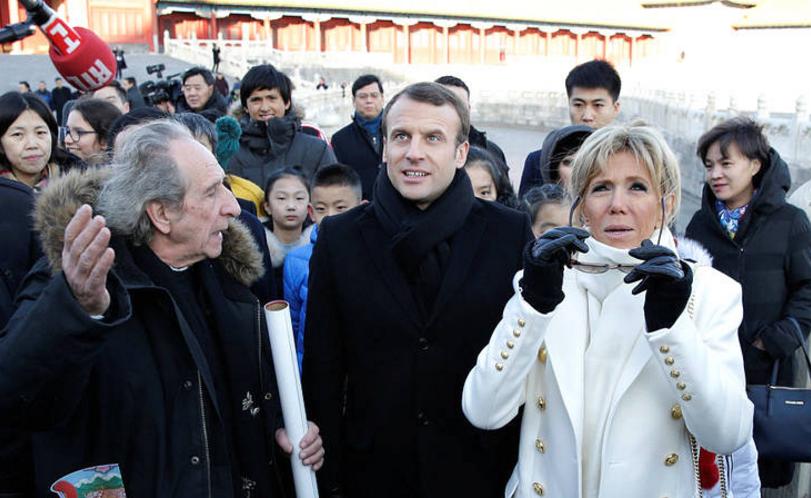 马克龙夫妇参观北京故宫 由法国历史学家陪同