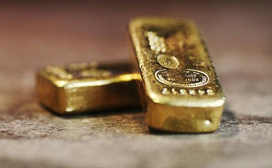黄金期货承压于1320 金价回调风险已经上升