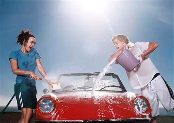 这些方法洗车要不得