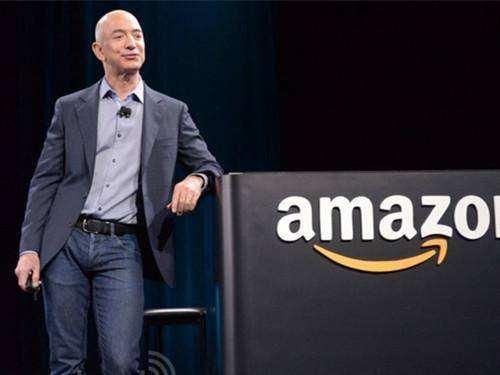 亚马逊CEO杰夫·贝佐斯是如何成为世界首富的