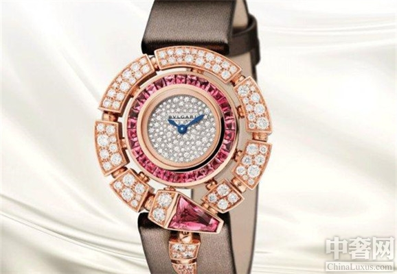 宝格丽(SERPENTI)系列腕表 具有现代化简约非凡风格