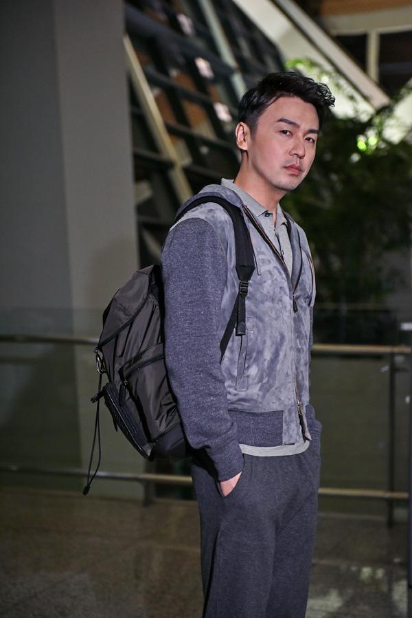 雷佳音受邀出席杰尼亚2018秋冬系列时装秀