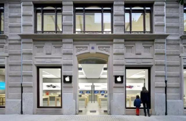瑞士一家一家苹果零售店手机电池发生爆炸