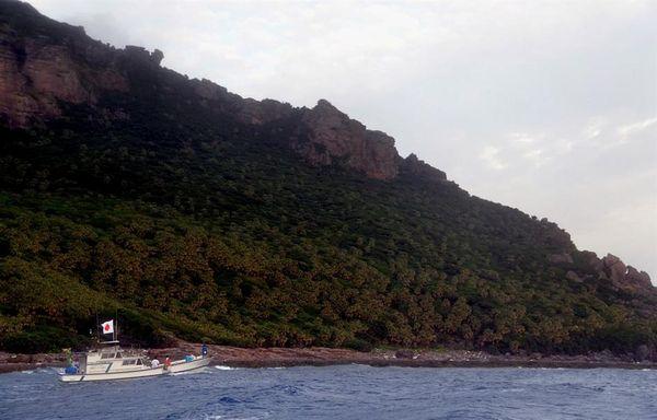 中国海军今日进入钓鱼岛海域 安倍要求全力进行警戒