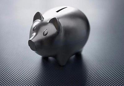 8、相关性  尽量选择相关性比较低的资产,这样可以降低投资组合的风险。