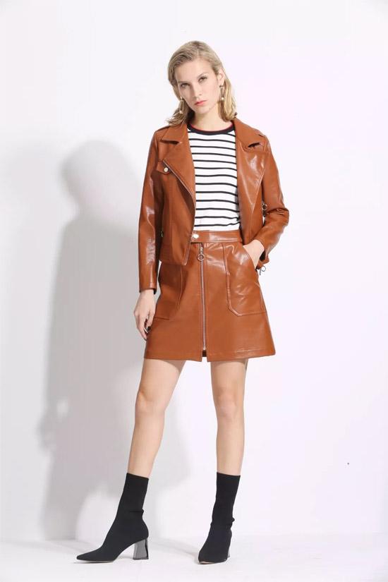 JUST&TH品牌女装 焦糖色掀起时尚热潮