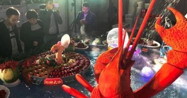 瑞士宣布活煮龙虾违法 那应该如该烹饪?