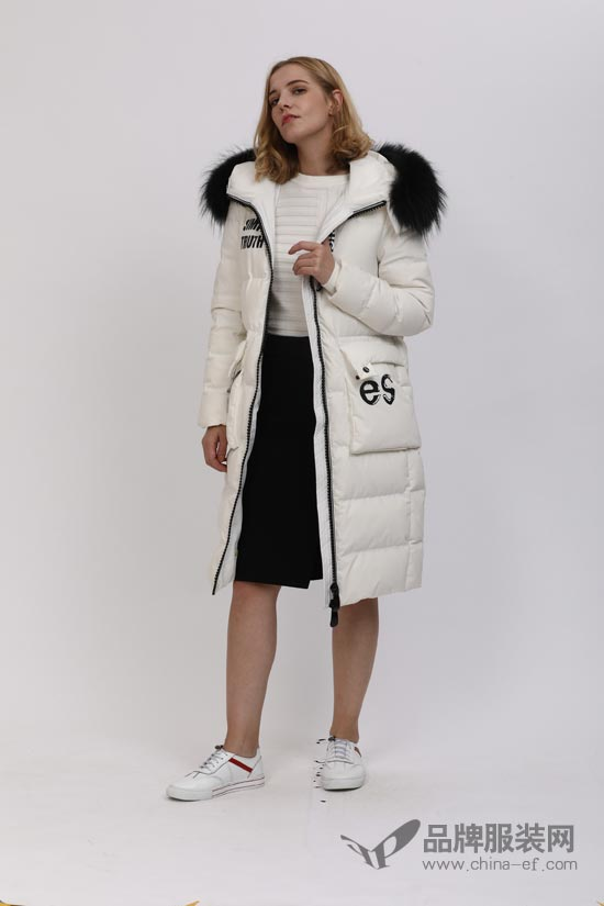 乔帛时尚品牌呢大衣2018最新款上市