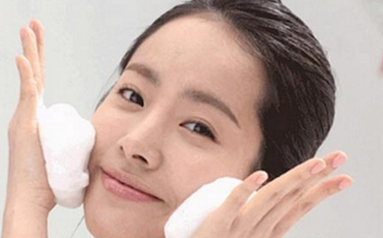 肥皂洗脸的危害有哪些?当心越洗越老