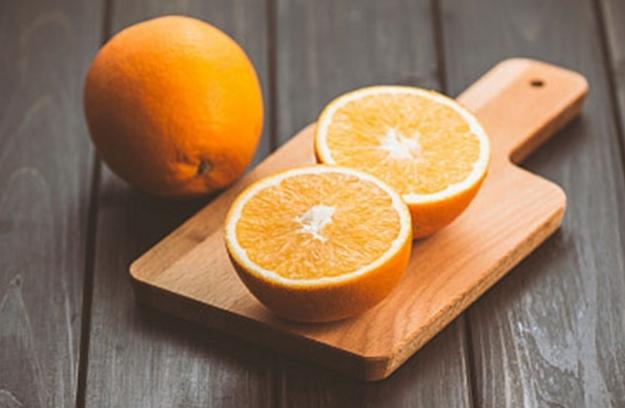 吃橙子好处多 但不是每个人都适合