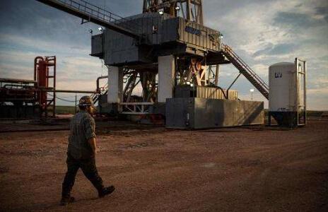 美国页岩油产量已成为油价猛涨绊脚石