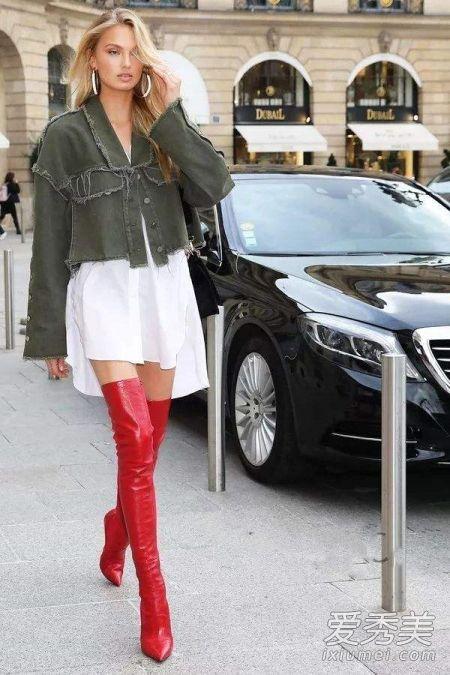 新锐模特Adwoa Aboa&维秘天使Romee Strijd演绎最美街拍