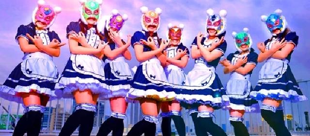 日本虚拟货币少女组合在东京举行了第一场演唱会