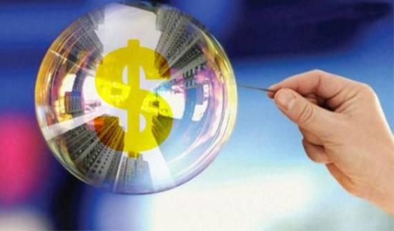 比特币单日交易价暴跌近25% 泡沫破灭前奏来了?