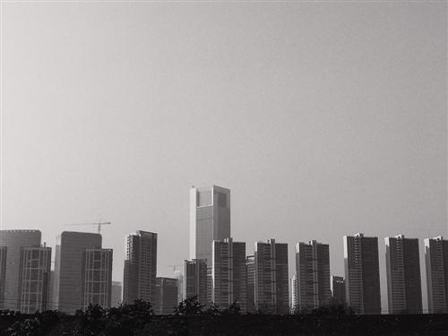 70城楼市继续分化 警惕部分调控松绑冲动