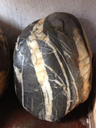 什么是虎皮石_虎皮石品种_虎皮石理化简介_虎皮石图片