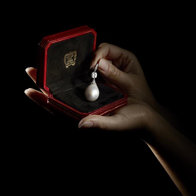 卡地亚珠宝品牌 呈现全新RéSONANCES DE CARTIER高级珠宝系列