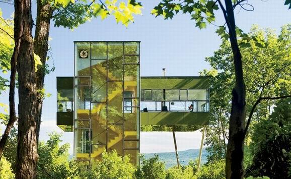 树梢上的豪宅:为小长假而打造的度假屋