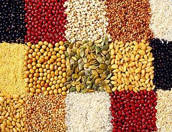 2018年我国粮食、棉花及油料播种面积预估
