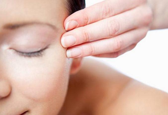 眼部肌肤怎么保养?这些步骤一定要有