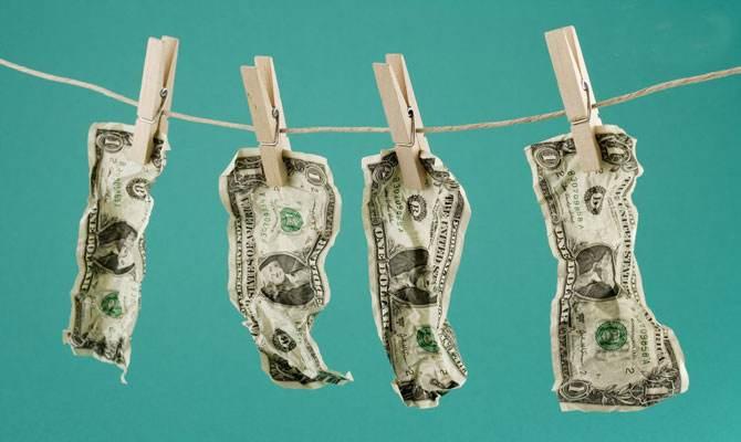 内忧外患群敌环饲 美元指数已经坠入深渊?