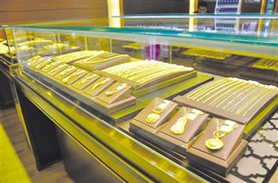 拉萨黄金饰品价格上涨 金银饰品迎高峰期