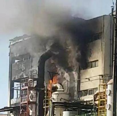 韩国一化学原料制造工厂发生火灾 有1人被烧伤