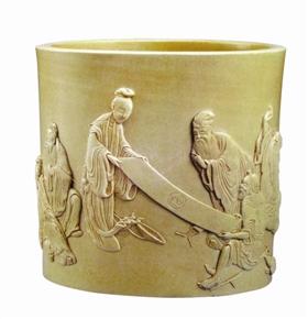 陈国治雕瓷人物纹笔筒收藏鉴赏