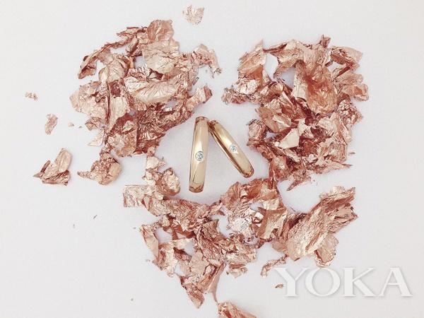 戴比尔斯珠宝 记录珍视的浪漫感情与卓越成就