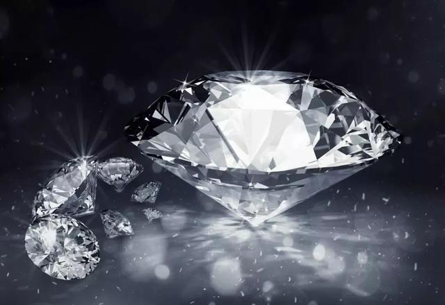 不同的宝石都有它特殊的寓意 选对正确的珠宝送给最爱的人