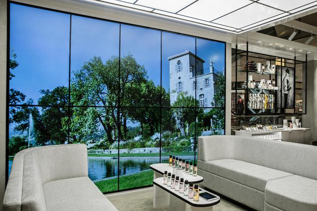 Dior迪奥香氛世家限时精品店格拉斯之窗