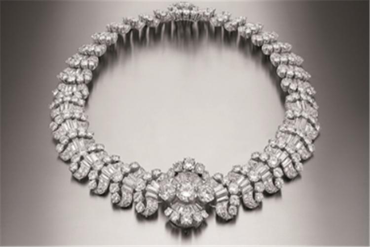 宝格丽稀世珠宝世珠宝跨越世纪璀璨而来_珠宝图片