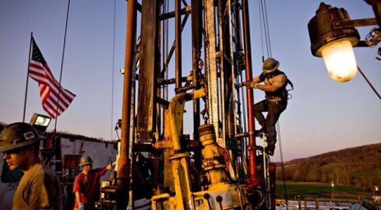 美元跌势尚未结束 油价有望连续第六个月上涨