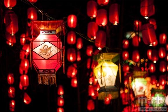 北京朝阳悠唐皇冠假日酒店 大年三十推出滋养火锅年夜饭