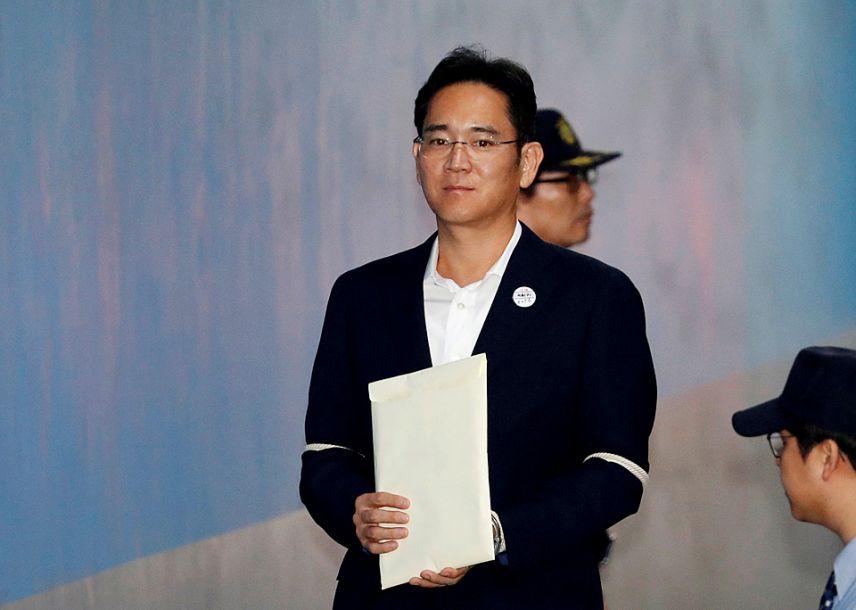 """三星""""太子""""李在镕成功翻案 当庭释放"""