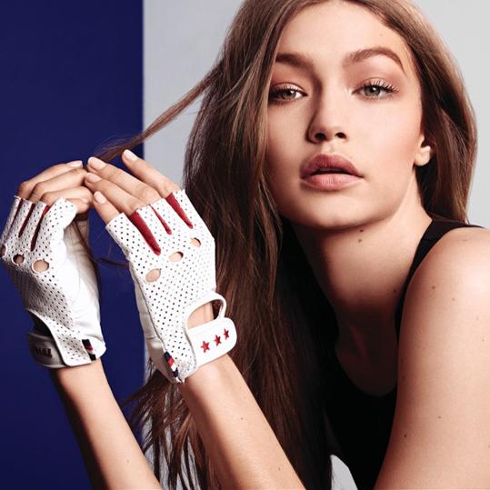超模Gigi Hadid与Tommy Hilfiger携手推出2018春夏「Tommy×Gigi」系列