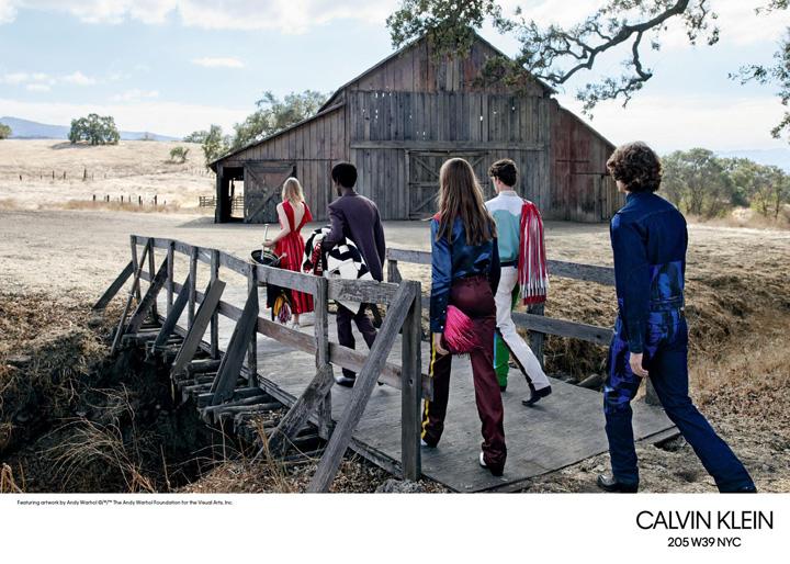 Calvin Klein 205W39NYC推出2018春夏系列多媒体广告大片