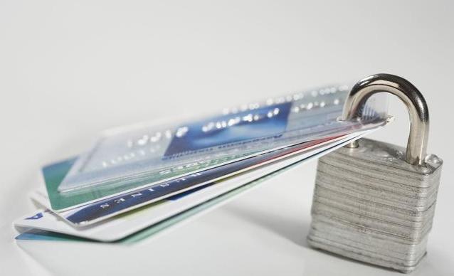 如何避免信用卡被封卡?